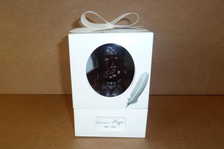 Coffret à fenêtre collée en carton compact pour le chocolat